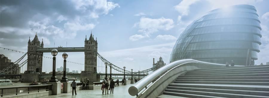 London City Hall 900x330.jpg